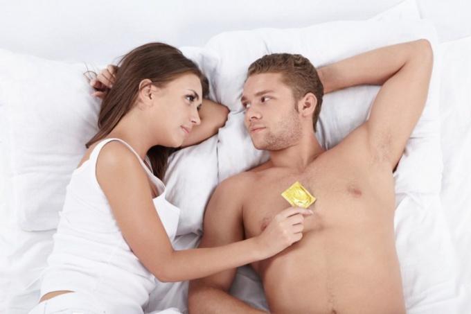 защита с презервативом